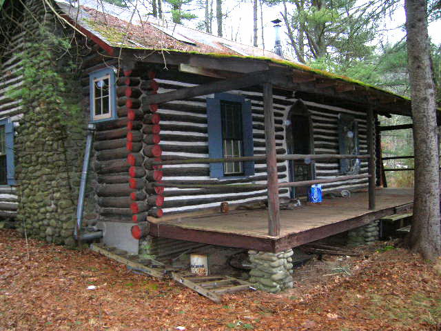 Charmant Pocono Log Cabin